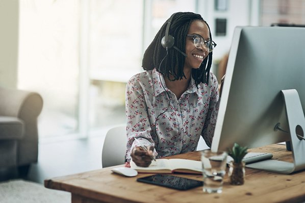 Working in the Customer Service Sector: 6 Jobs to Look Out For